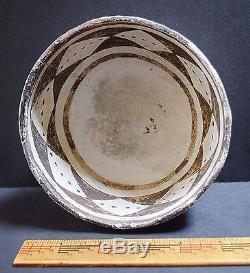 ANASAZI McELMO B/W BOWL, 1100-1200 AD