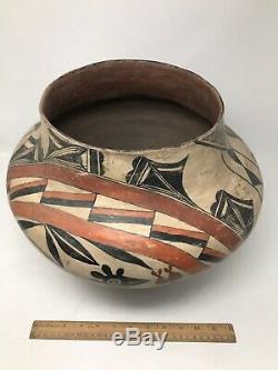 Acoma Four Color polychrome Antique Native American Pot