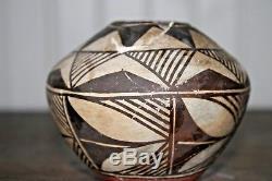 Acoma Polychrome jar Vessel NATIVE AMERICAN POTTERY Vase Antique Broken