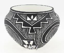 Acoma Pot By K. Joe Native American