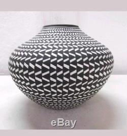 Acoma Pottery Native American Indian Pueblo Fine Line Basket Pot Paula Estevan