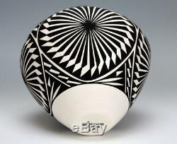 Acoma Pueblo Native American Pottery Black & White Olla #1 Katherine Victorino