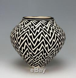 Acoma Pueblo Native American Pottery Lightning Olla #1 Katherine Victorino