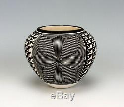 Acoma Pueblo Native American Pottery Small Olla Katherine Victorino