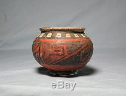 Anasazi / Showlow Black on red olla ca. 1325 ad