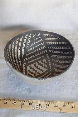 Anasazi Snowflake B & W Bowl