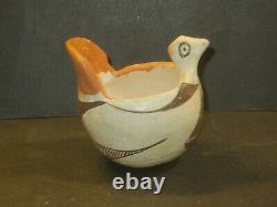 Antique Acoma Native American Pottery Bird Effigy Bowl