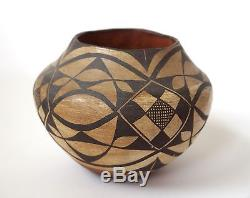 Antique Acoma Pueblo Native American Indian Polychrome Pottery Olla Water Jar