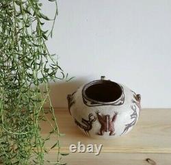 Antique Historical Zuni Native American Pottery HEARTLINE DEER FROG Effigy Pot