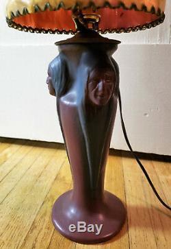 Antique VAN BRIGGLE Three Native American Indian Head Mulberry Lamp & Orig Shade