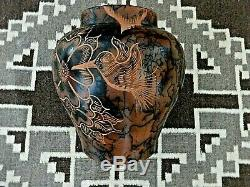 Auth. Native American Navajo Large Incised Hummingbird Horse Hair Pottery/Jay