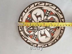 BEAUTIFUL DANELLE WESTIKA Zuni Pueblo Pottery Plate/Bowl 7 wide x 1 1/2 deep