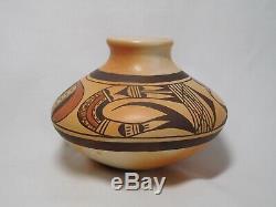 Beautiful Hopi Indian Pottery By Multi Award Winning Artist Rachel Sahmie