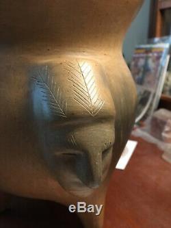 Catawba Indian Pottery King Hagler Effigy Pot by Earl Robbins