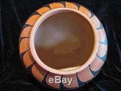 DONALD CHINANA Large Native American Indian Jemez Pueblo Pottery
