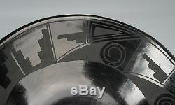 EARLY SAN ILDEFONSO PUEBLO POTTERY BOWL-1930's/ BLACK ON BLACK/ NATIVE AMERICAN