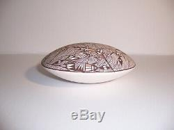 E. Concho Acoma Pueblo Native American Indian Pottery Seed Pot with Lizards