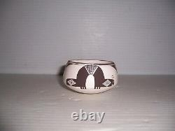 Emma Lewis Acoma Native American Pueblo Indian Inchworm Pottery Jar Bowl Pot