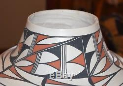 Extra Large Hand Coiled Vintage Olla Awesome! Free Ship