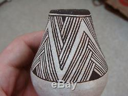 FINE! Old! Acoma Small Vase Pot by Lucy M Lewis