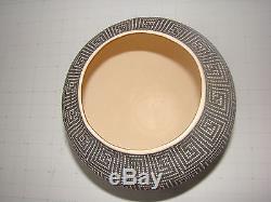 FREDERICA ANTONIO Native American Acoma Eye Dazzler Vase
