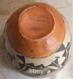 Great Large Antique SW Native American Acoma Pueblo Olla Decorated Pot 9 Dia