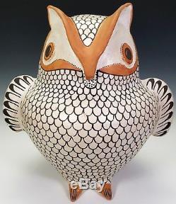 HUGE, EVA HISTIA ACOMA PUEBLO NATIVE AMERICAN POTTERY OWL SCULPTURE 14 Tall