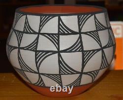 Hand Coiled Mary Antonio Garcia Acoma Pueblo Bowl/free Ship