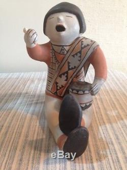 Helen Cordero storyteller pottery figurine, sculpture