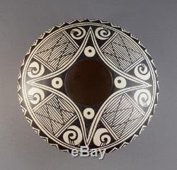 Helen Feather Woman Naha (1922-1993) Hopi Awatovi Style Monochrome Pottery Jar