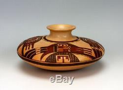 Hopi Native American Indian Pottery Jar Nyla Sahmie