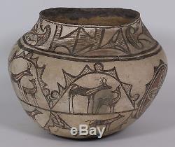 Hopi Tribe Large Deer Jar 1880s Native American Indian pottery storage Jar
