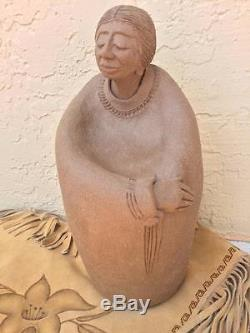Indian Native American Pottery Figurine Sculpture Statue Of A Woman Signed 89