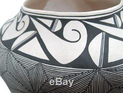 J Sanchez, Fine Line Detail Hand Coiled Pottery, Acoma