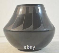 Juan Tafoya Pueblo Art Pottery Vase San Ildefonso
