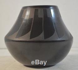Juan Tafoya Pueblo Native American Art Pottery Vase San Ildefonso