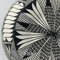 Large Corrine Chino Acoma Pottery Starburst Vase Native American Fine Line