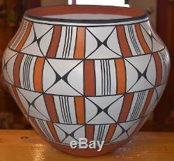 Largest Handcoiled Acoma Pottery On E-bay! Superb
