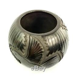 Linda Tafoya Oyenque Native American Santa Clara Pottery Hummingbird Vase