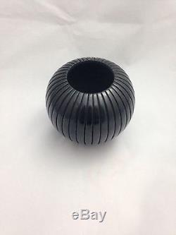 Linda Tafoya Santa Clara Pueblo Blackware Round Melon Native American Pottery