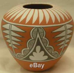 Mary Small Jemez Pueblo Pottery Native American new