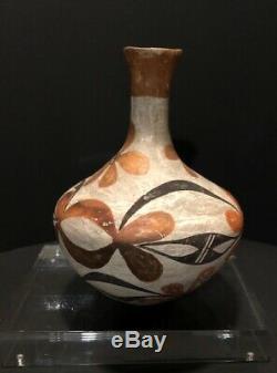 Mid 19th Century Antique Native American Pueblo Acoma Polychrome Pottery Vase