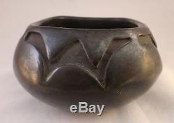 Mida Tafoya Santa Clara Pueblo pottery polished bowl. Black on black. Apx. 5 ¾