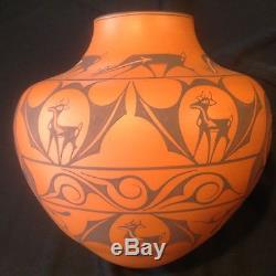 NO RESERVE Very Large 10 Native American Indian Zuni Deer Olla by A Peynetsa