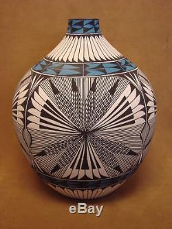 Native American Acoma Fine Line Fluted Pot Hand Painted by Corrine Chino