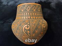 Native American Acoma Handmade Pottery Design Large Signed Beautiful