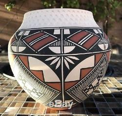 Native American Acoma Jar by Emil Chino