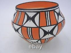 Native American Acoma Pot by Loretta Joe