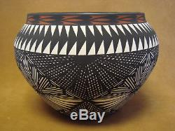 Native American Acoma Pottery Hand Painted Pot by Jay Vallo! Fine Line
