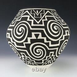 Native American Acoma Pottery Olla By Kathy Victorino